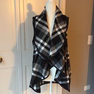 Vest w/Waterfall Collar